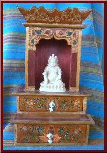 Altar with two drawers below